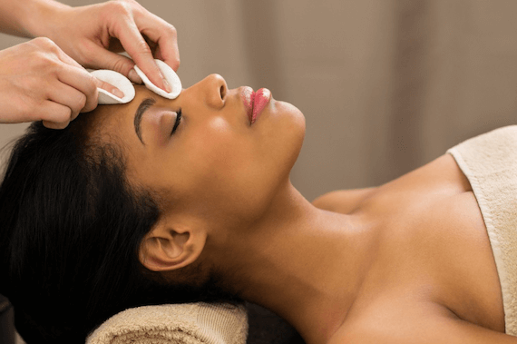 Facial Spa - The L.A. Glow