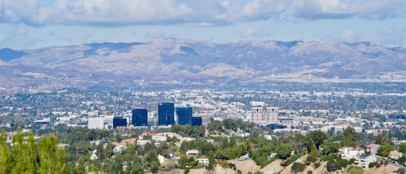 lively bars and gastropubs with delicious food and live music, making Woodland Hills a unique, vibrant destination in the Valley