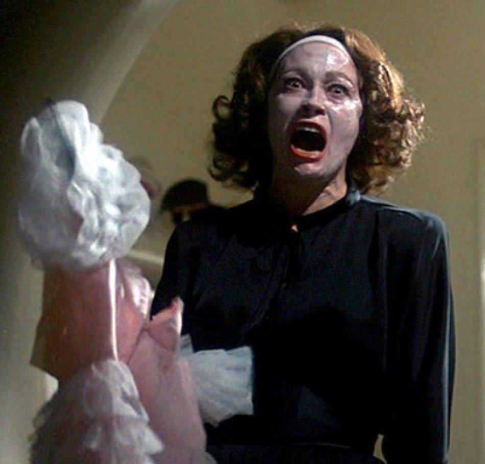 Joan Crawford beauty routine